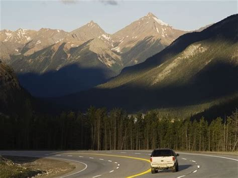 canada  drive fly drive tours  canadian sky