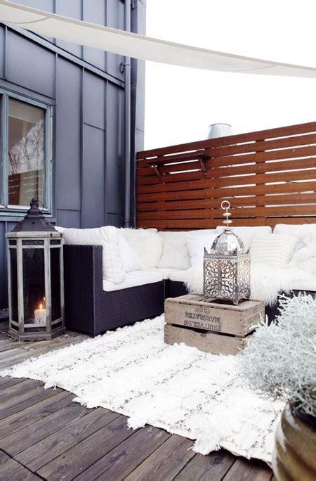 ordinary Beach Themed Living Room Ideas #5: gorgeous-winter-balcony-decor-ideas-that-wow-7.jpg