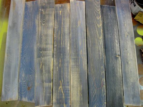 Holz Lackieren Auf Alt by How To Make New Boards Look Like Barn Boards Reality