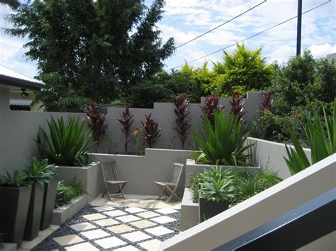 Backyard Design Ideas Australia by Gardens Retaining Walls Landscaping Ideas Utopia