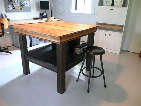 kitchen island table legs upcycling table legs this table top with fence post legs