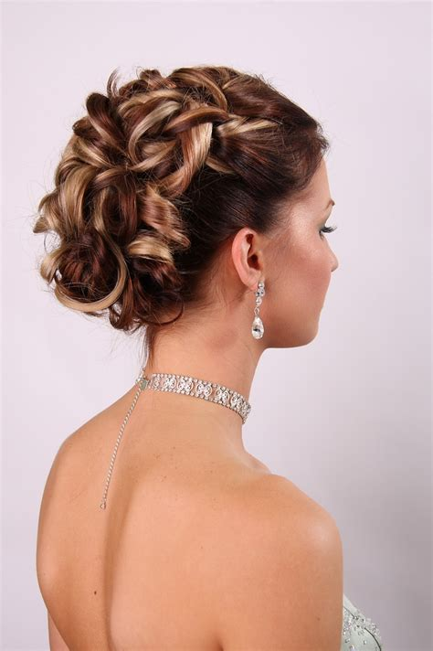 wedding hairstyles for medium length hair living