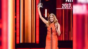 Premios Lo Nuestro 2017 La Lista Completa De Los Nominados La Uni 243 N Lista Completa De Ganadores A Premio Lo Nuestro 2017 Tvnotas 161 Irresistible
