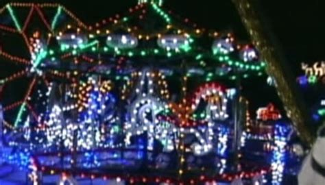 the largest christmas light display in british columbia
