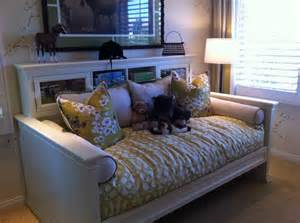 Daybed Bedding Ideas 45 Best Images About Fold Away Bed Ideas On Painted Cottage Day Bed And Diy Daybed