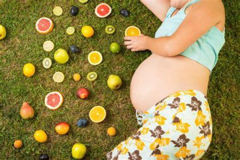 alimentazione inizio gravidanza cosa deve mangiare una donna in gravidanza periodo fertile