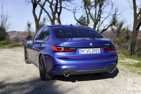 bmw  series  drive review digital trends
