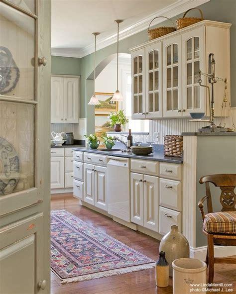 moss green kitchen cabinets 670 best charlotte moss designer images on pinterest