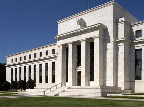 federal reserve bank of us what does the federal reserve do business insider