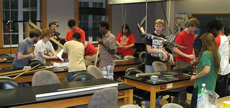 national 5 physics student hendrix physics society receives national honor hendrix college