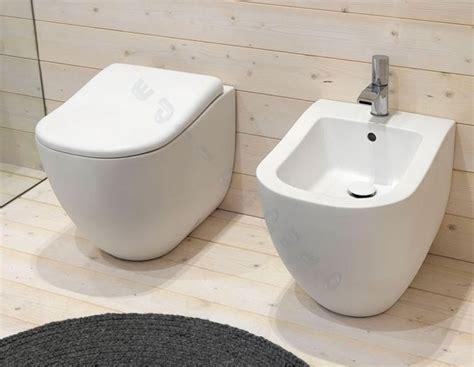 water bagno sanitari bagno fluid water bidet e coprivaso filo muro