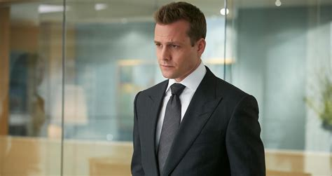in suit review suits throws status quo out the window in season four