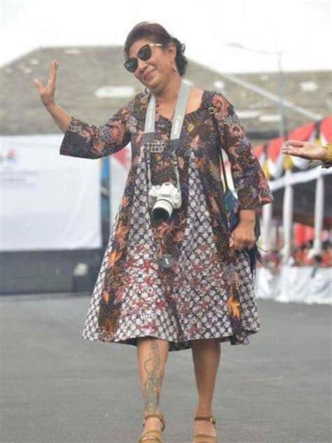 Tato Ibu Susi Menteri | menteri kelautan dan perikanan siapa sih nih keren banget