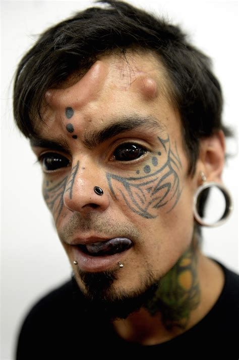 eye ball tattoo 20 eyeball tattoos you won t be able to stop