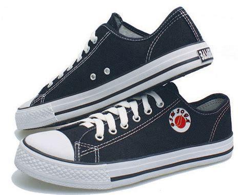 Free Ongkir Sepatu Boot Gagah Pria Adidas Whiskey Safety sepatu kets pria soga bmb 399