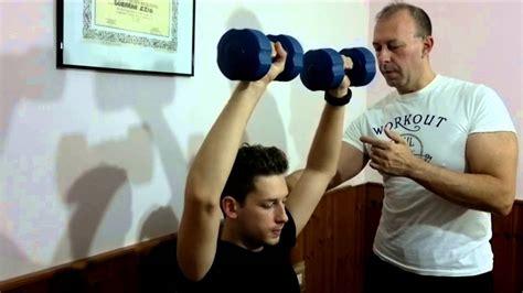 alimentazione per aumentare massa muscolare uomo esercizi per aumentare la massa muscolare uomo donna