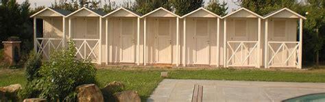 cabine in legno cabine legno per spiaggia e piscine