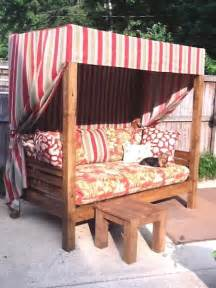 Diy Crate Daybed Best 25 Outdoor Daybed Ideas On Outdoor