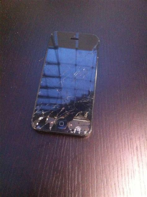 broken iphone        iphone ipad samsung screen repair  dubai