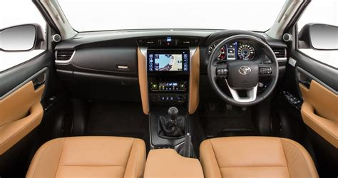 Toyota Fortuner Chrome Ornamen Plat Nomor 1 info masuk brayy inilah alasan mengapa toyota all