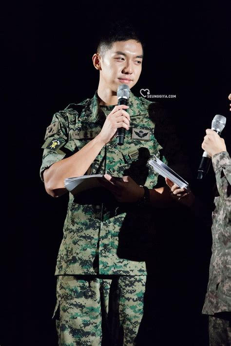 lee seung gi military 10 pictures of lee seung gi s army transformation koreaboo