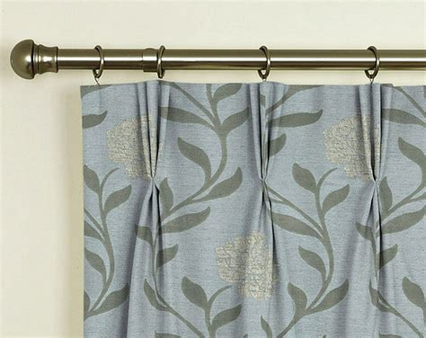 how to hang drapes with hooks coffee tables how to hang pinch pleated drapes on a