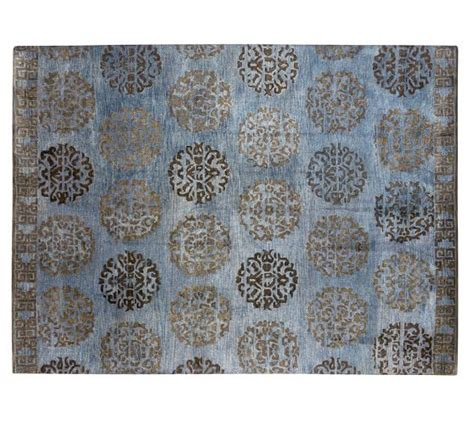 Tufted Rug Definition by Hazen Medallion Tufted Rug Pottery Barn