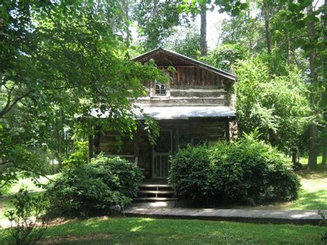 Pilot Mountain Cabins by Cabins Set In The Woods Picture Of Pilot Mountain