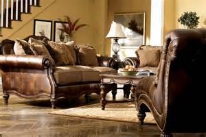 Claremore Antique Sofa Loveseat Set Brown European Traditional Faux Leather Fabric Sofa Set