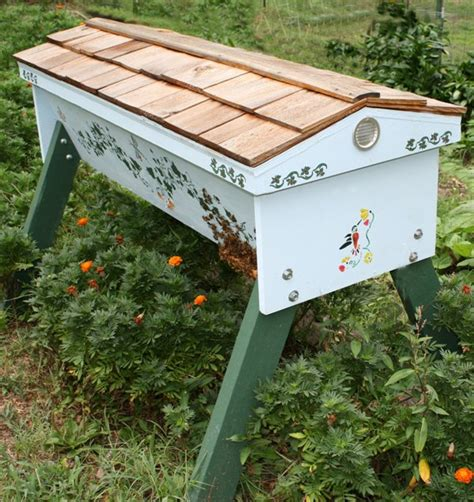 top bar bee hive top bar hives beekeeping kenyan hive organicbeehives com
