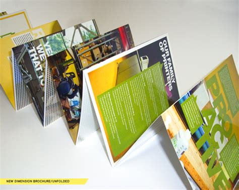 contoh desain brosur laptop 40 contoh brosur keren untuk inspirasi desain versi sahara