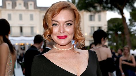 Lindsay Lohan May Be Getting Ready For Second Album In by Lindsay Lohan Looks Identical To Dina In Photo
