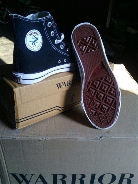 Sepatu Warrior ini 5 starter kit dilan dan milea yuk beli di