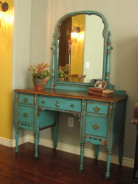 Hayworth Vanity Bench Bedroom Antique Turquoise Mirrored Makeup Vanity With