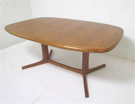 Danish Teak Dining Set Expandable Oval Table And Six Oval Dining Table For 6