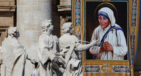 santa teresa de calcuta bienvenida a la luz de los papa francisco exalta figura de madre teresa de calcuta