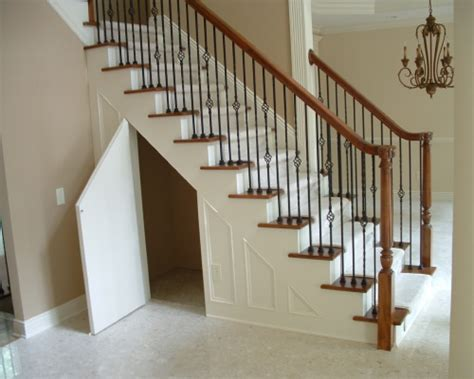 Spindle Staircase Ideas Stair Spindles Inspirations Top Stair Spindles Door Stair Design