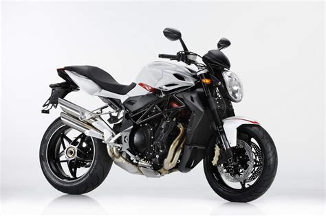 mv agusta brutale r 1090 breaks cover asphalt rubber
