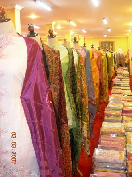 Batik Indah Bordir indahbordir sidoarjo keanggunan wanita indonesia kebaya