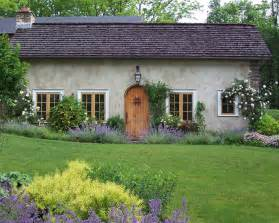 Landscape Ideas Cottage Marvelous Cottage Style Wall Decor Decorating Ideas