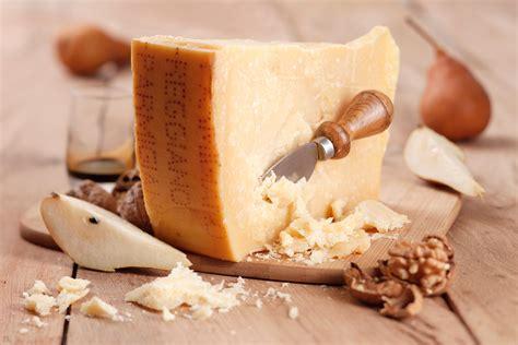 parmigiano reggiano cheese what to eat with parmigiano reggiano sensibus com