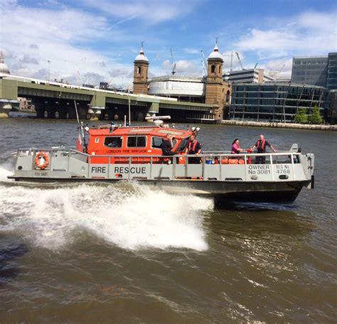 Thames River Moorings | gallery river thames moorings