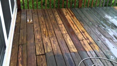 cleaning  deck   psi green works pressure washer