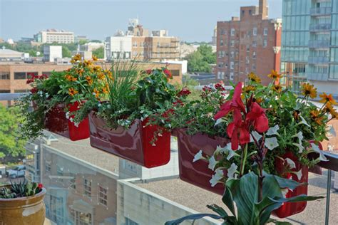 Balcony Railing Planter by Railing Planters Hold Tight On High Rise Balcony