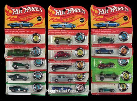 Hotwheels Original 14 15 1968 71 wheels in original packaging