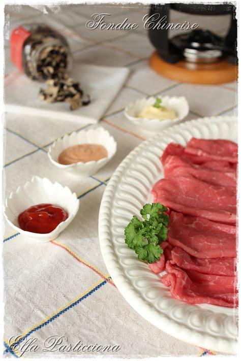 cosa cucinare per una cena tra amici fondue chinoise ricetta perfetta per una cena tra amici