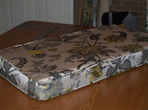 a window seat cushion cover how to make a window seat cushion wfi sewing projects