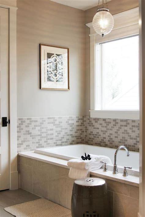 Bathroom Tub Surround Tile Ideas by Half Tiled Tub Surround Design Ideas