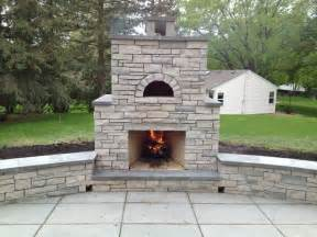 outdoor fondulac fireplace and pizza oven in st
