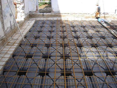pavimento areato foto vespaio areato sotto paimento di impresa di